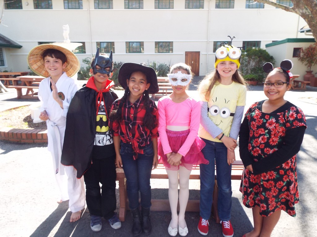 Cartoon character - superhero dress-up day (17)