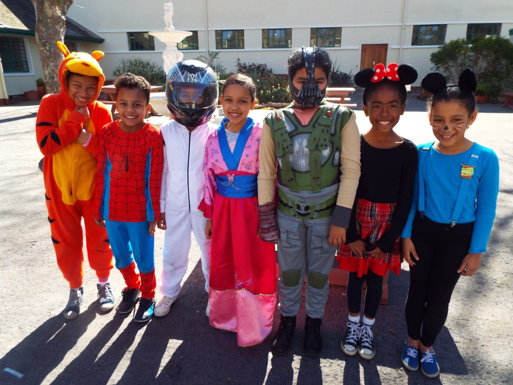 Cartoon character - superhero dress-up day (19)