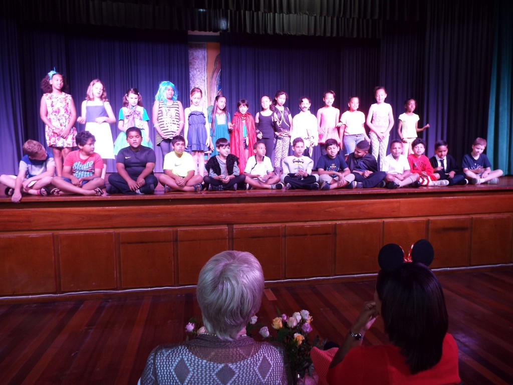 Farewell Assembly Laura-Anne and Miss Matthys (9)