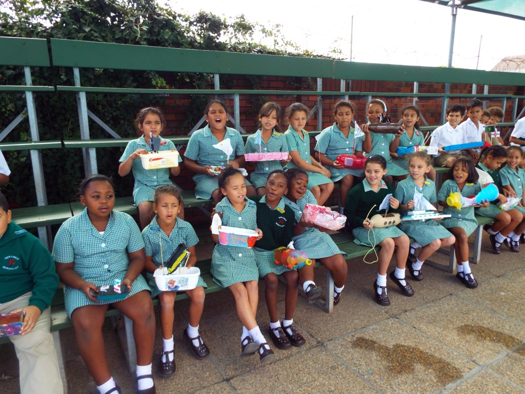 Gr 2 classes floated their boats (3)