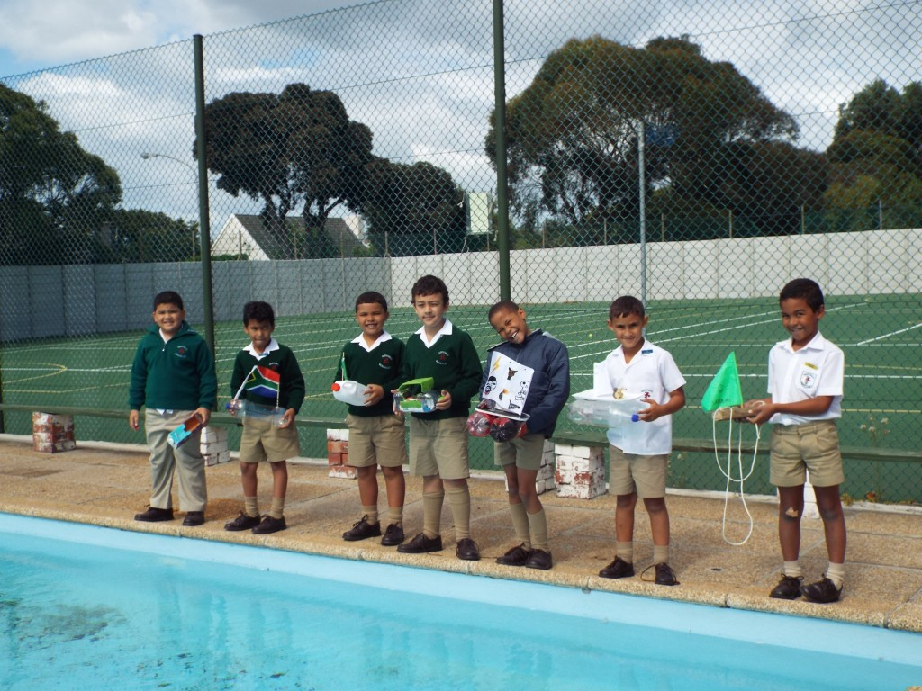 Gr 2 classes floated their boats (8)