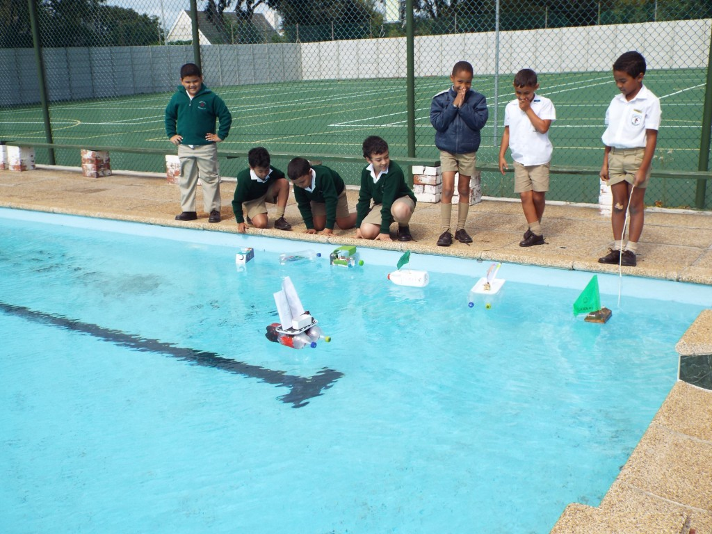 Gr 2 classes floated their boats (9)