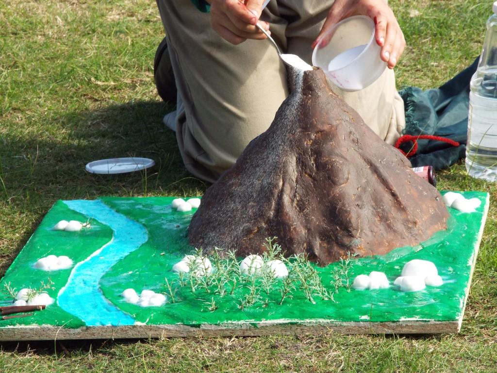 Grade 7 volcanoes (13)