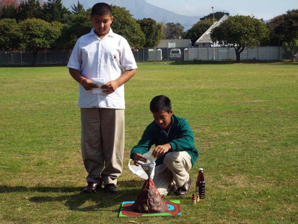 Grade 7 volcanoes (15)