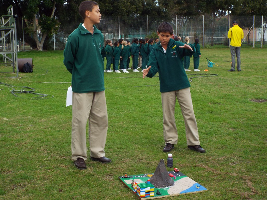 Grade 7H experimented with volcanoes (14)