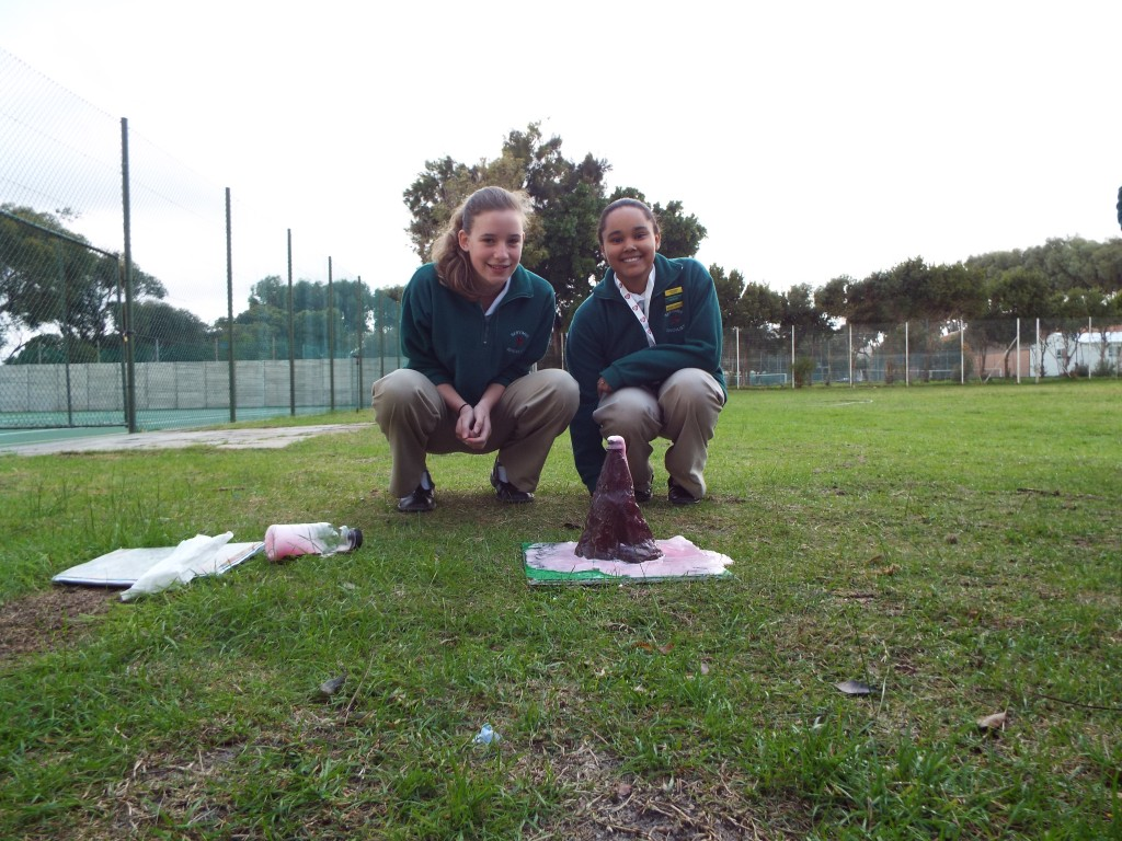 Grade 7H experimented with volcanoes (2)
