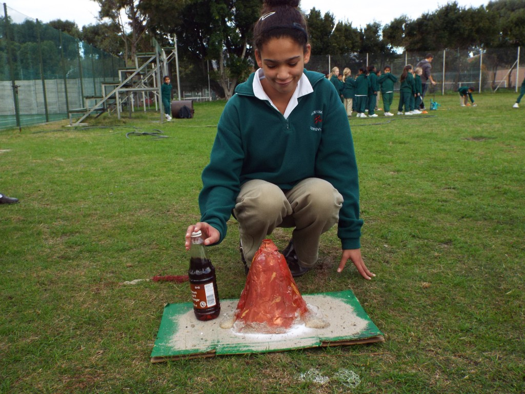 Grade 7H experimented with volcanoes (20)