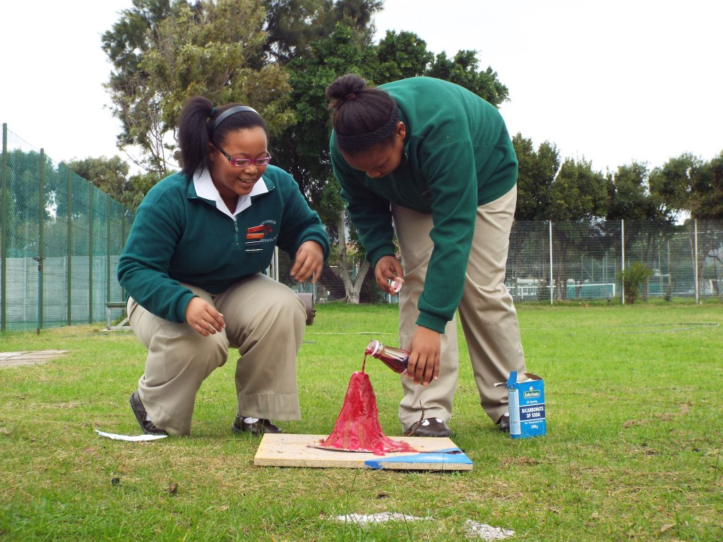 Grade 7H experimented with volcanoes (4)