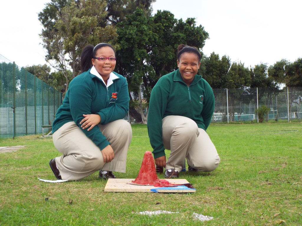 Grade 7H experimented with volcanoes (5)