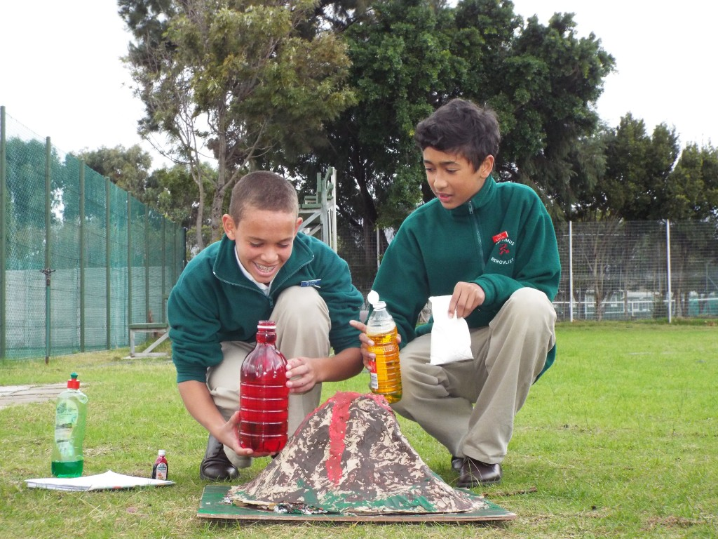 Grade 7H experimented with volcanoes (6)
