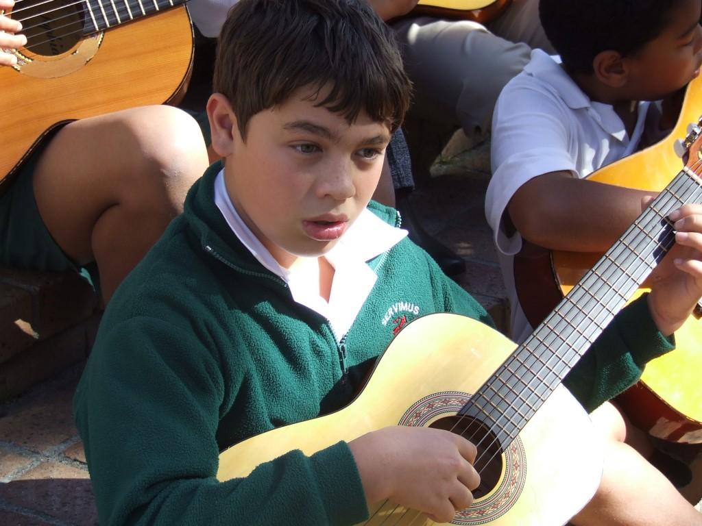 Guitar Club (2)