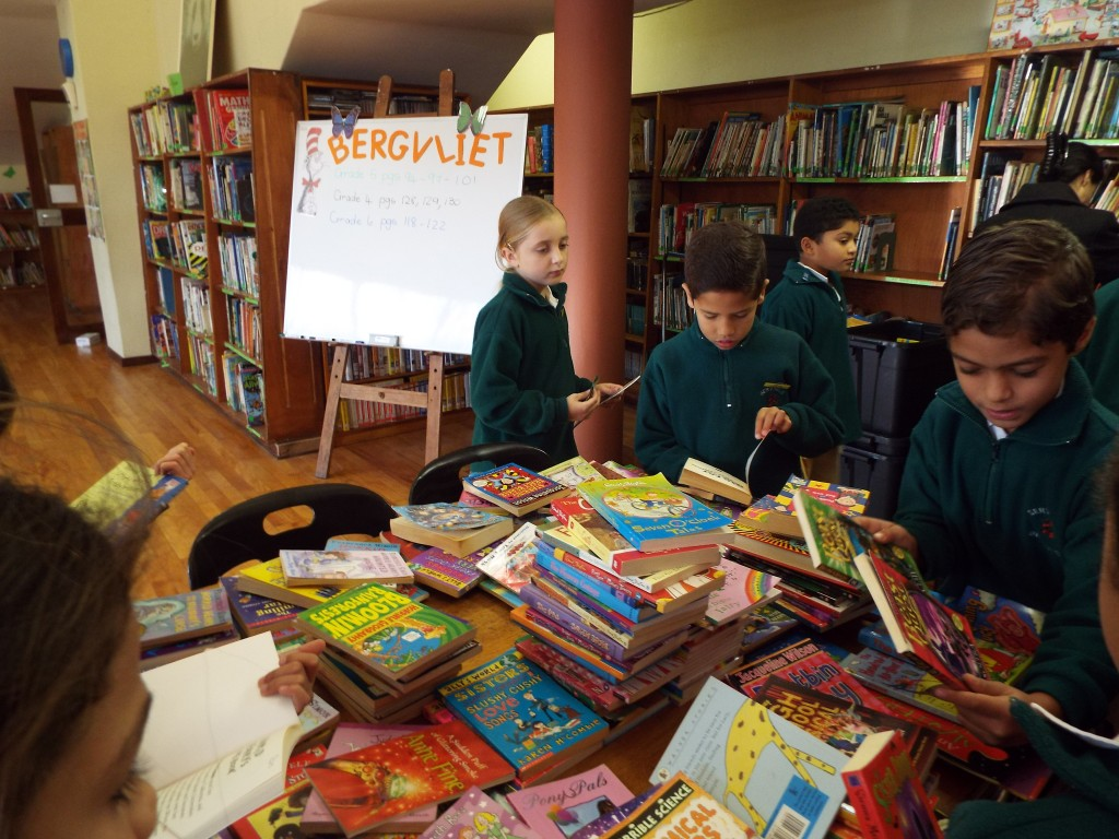 Help the rural child book sale (19)