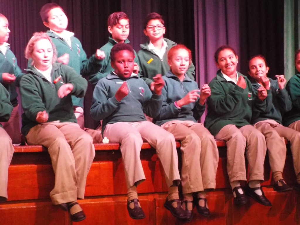 Miss van Schalkwyk's Farewell assembly (5)