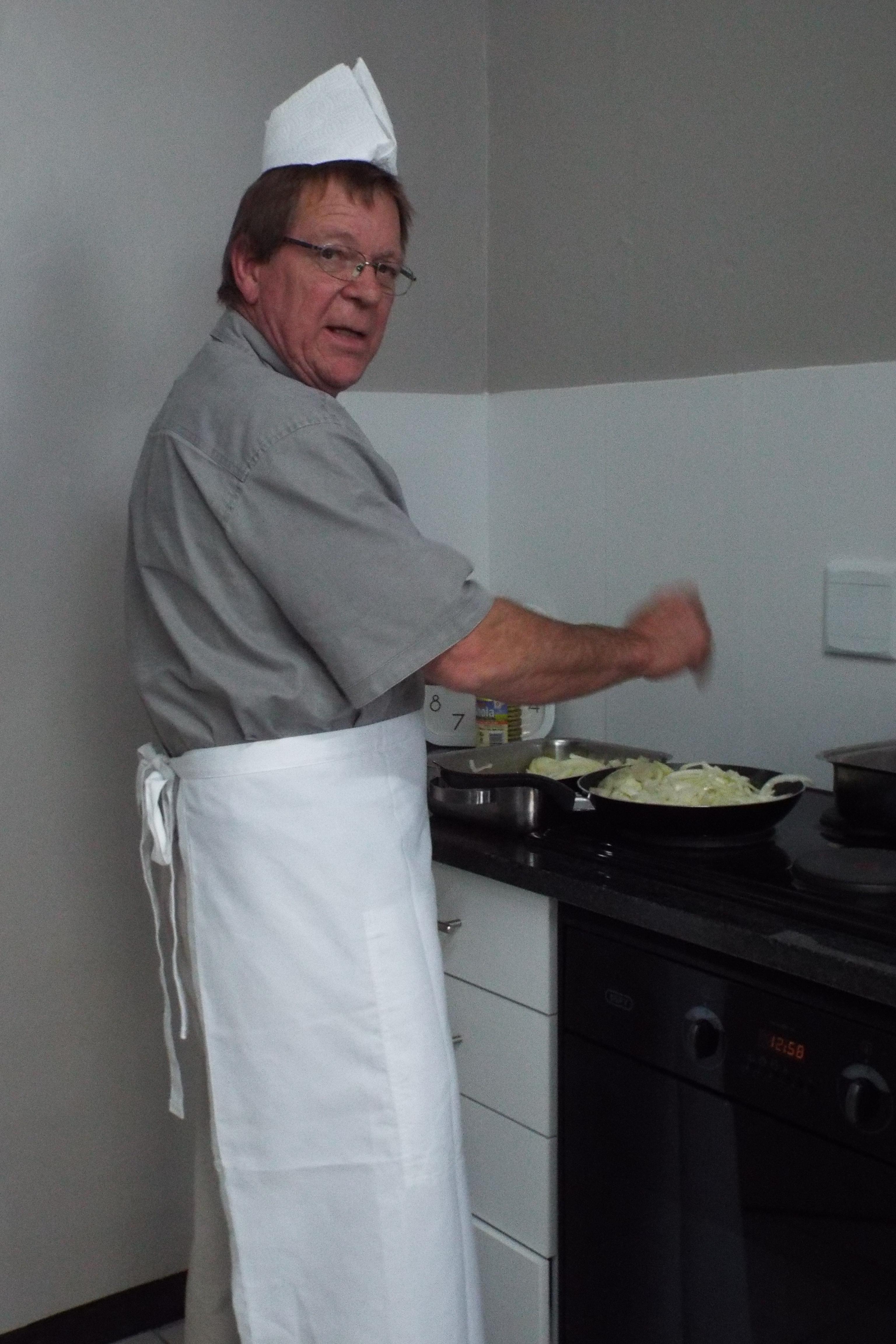 Mr Kruger in the kitchen (1)