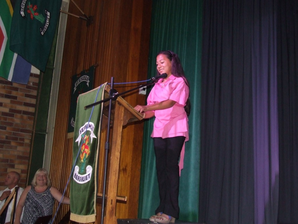 Mrs de Beer's Farewell Assembly (18)