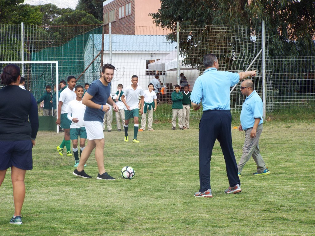 Staff vs Grade 7 learners 2016 (30)