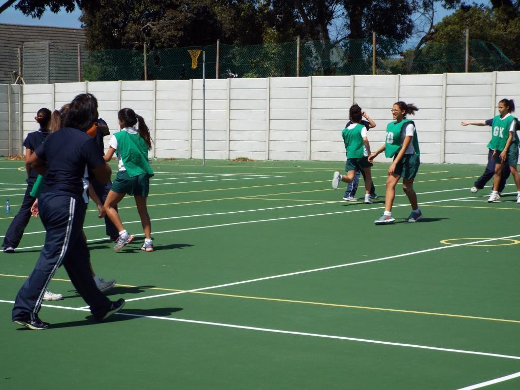 Staff vs Learners sports (4)