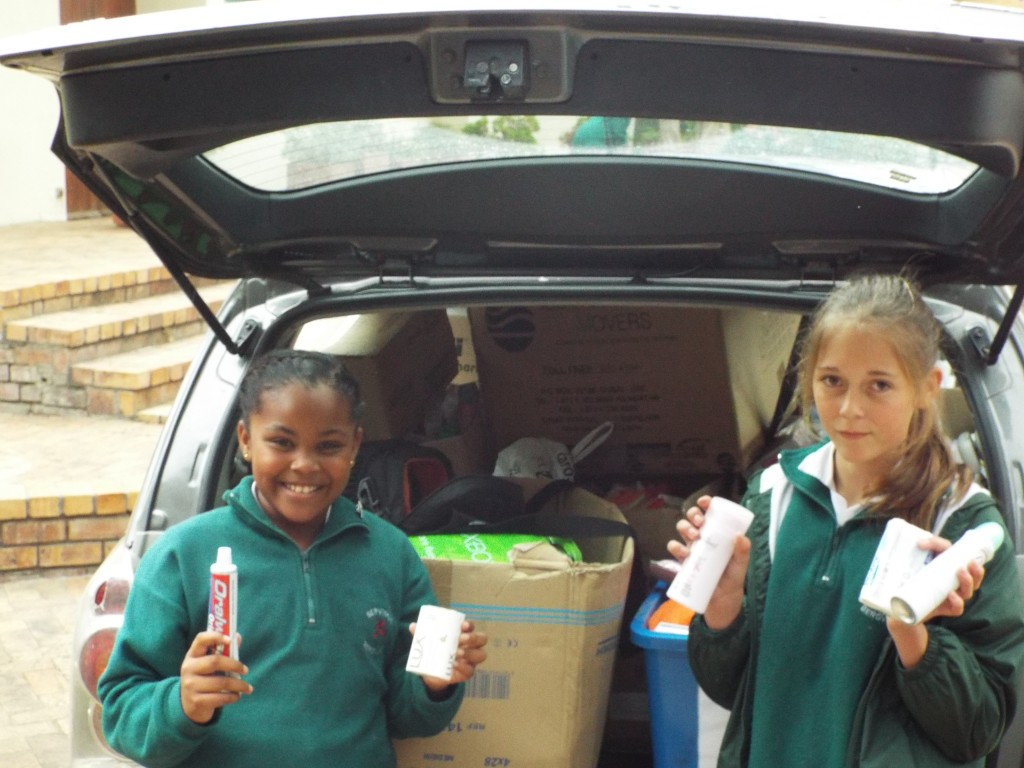 Toiletries for Red Cross Hospital (4)