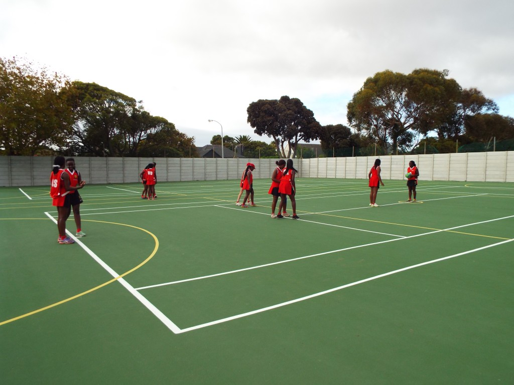 Visiting netball team from Zimbabwe (1)